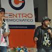 Este dúo deleitó con su música a las mujeres presentes en la sede de Centro Democrático